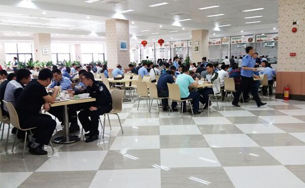 政府执法机构单位食堂承包就餐现场案例