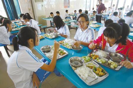 [重磅消息]2020年校園食堂真的不能再對外(wai)承包或委托經營了